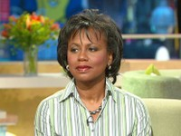 Abc_gma_anita_hill_071002_ms